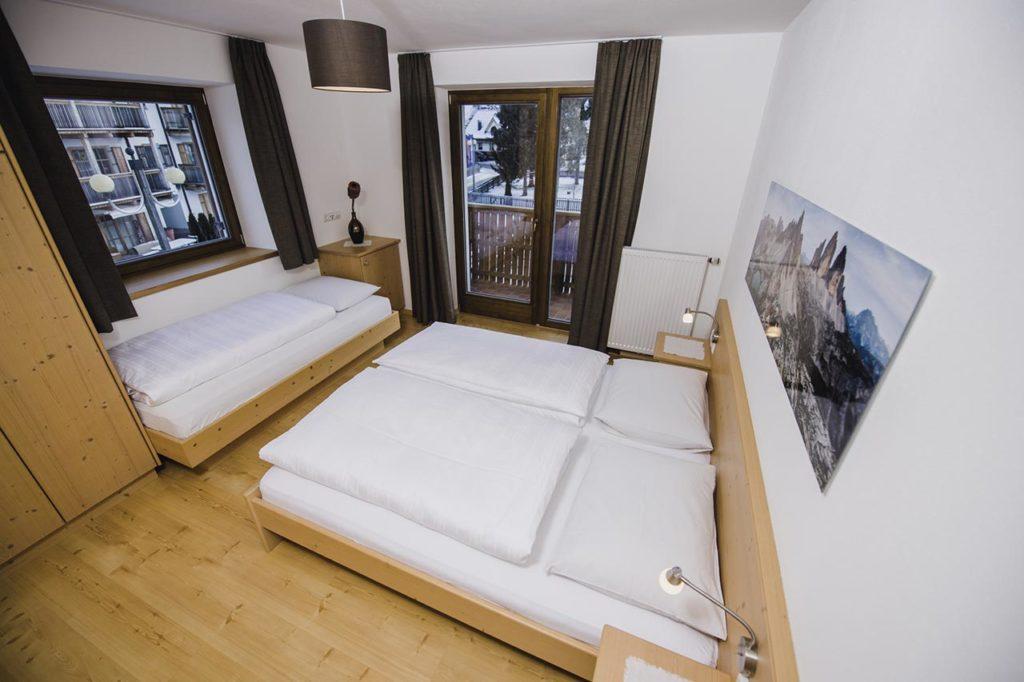 02-appartamento-2-burgmann-camera-da-letto