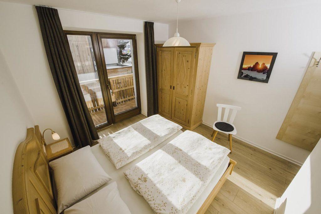 02-appartamento-3-burgmann-camera-da-letto
