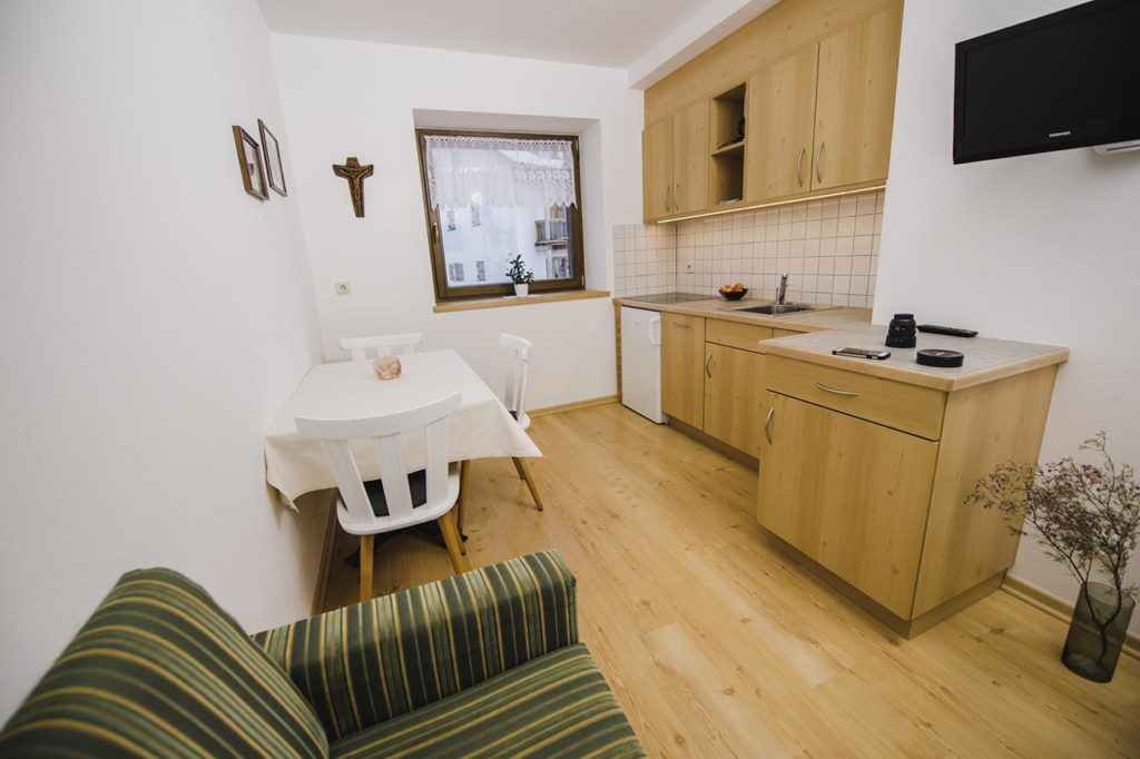 04-appartamento-2-burgmann-soggiorno