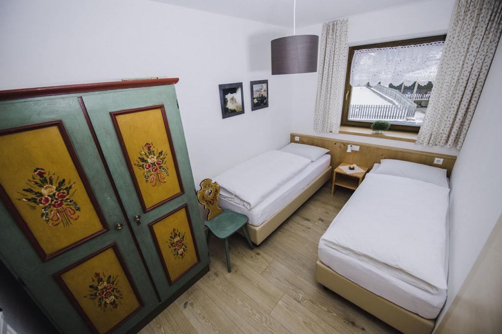 07-appartamento-1-burgmann-camera-doppia