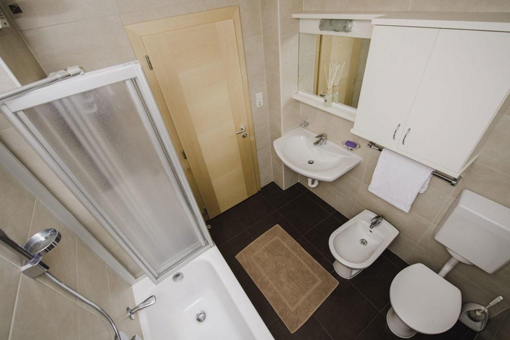 08-appartamento-1-burgmann-bagno