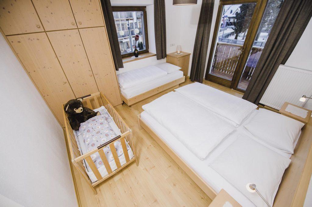 appartamento-san-candido-per-famiglie-camera